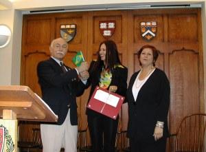 Michael Shinagel - Reitor da Harvard University -, Josane Mary e Professora Olga Deprano USA/2002